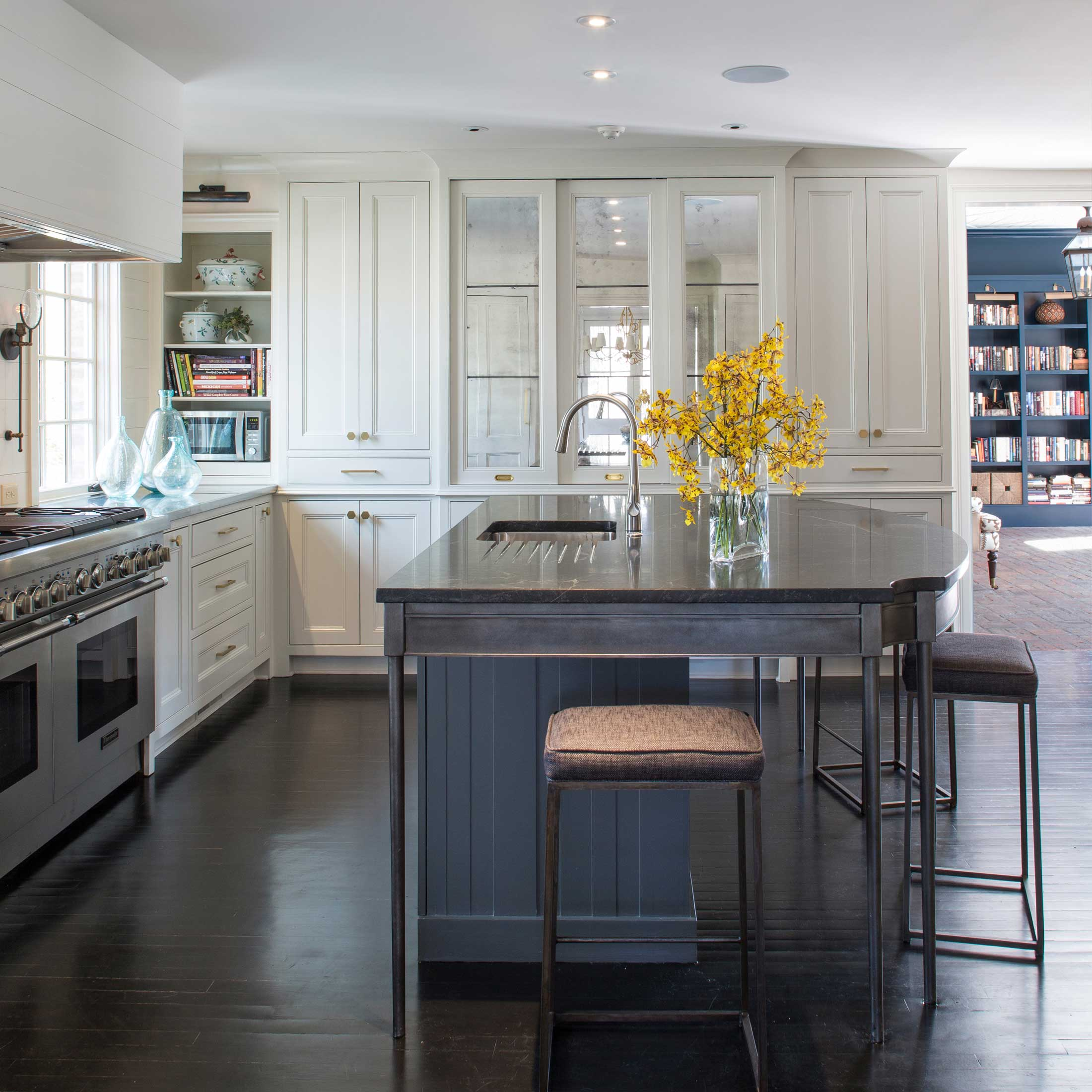 custom furniture and cabinetry for kitchen renovation in Memphis