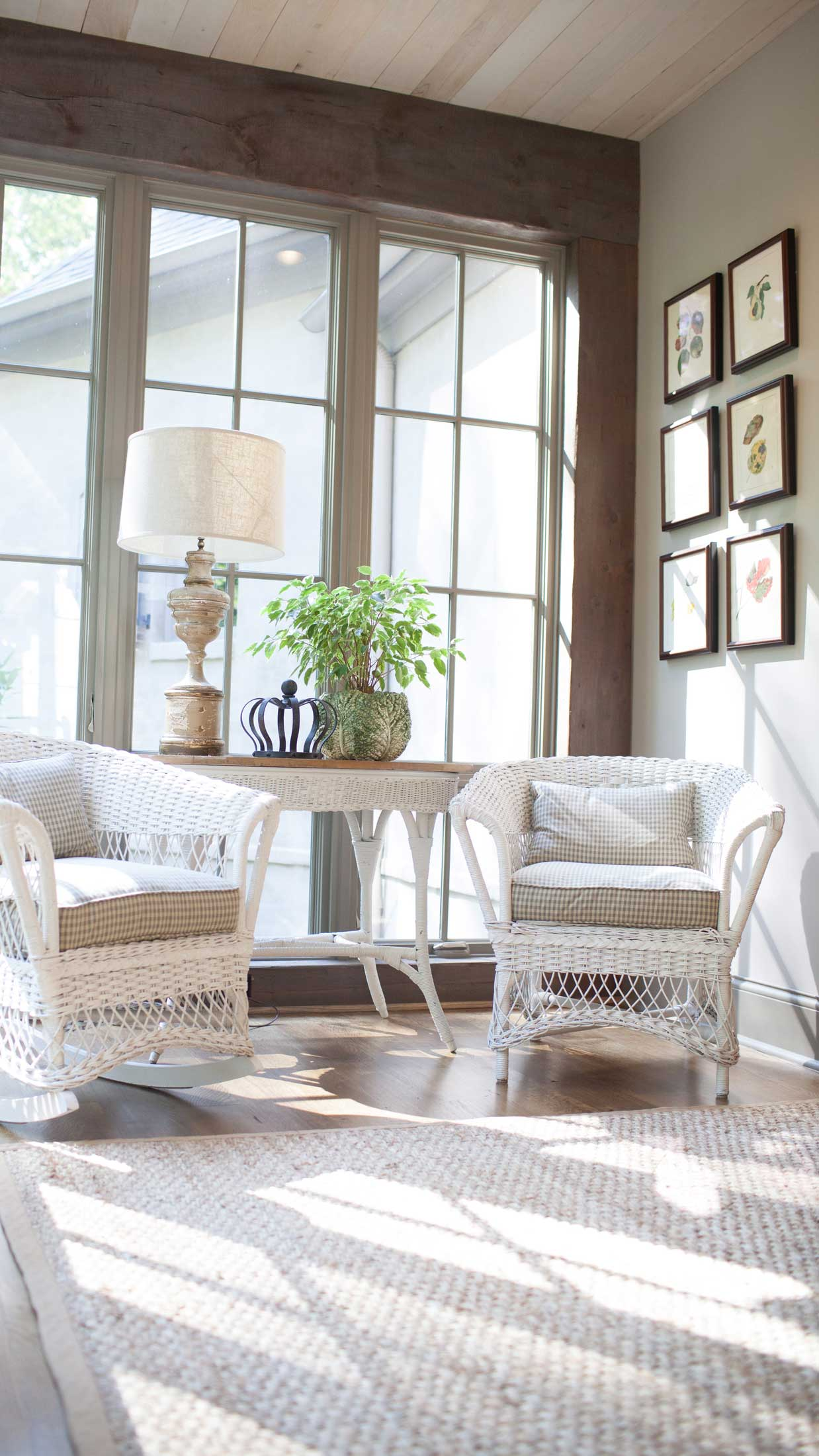 wicker seating in sunroom