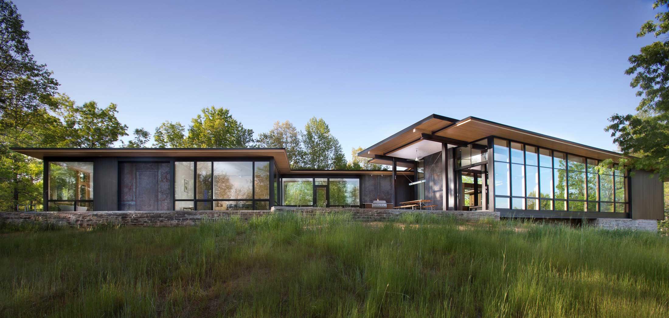 award winning mountain modern home
