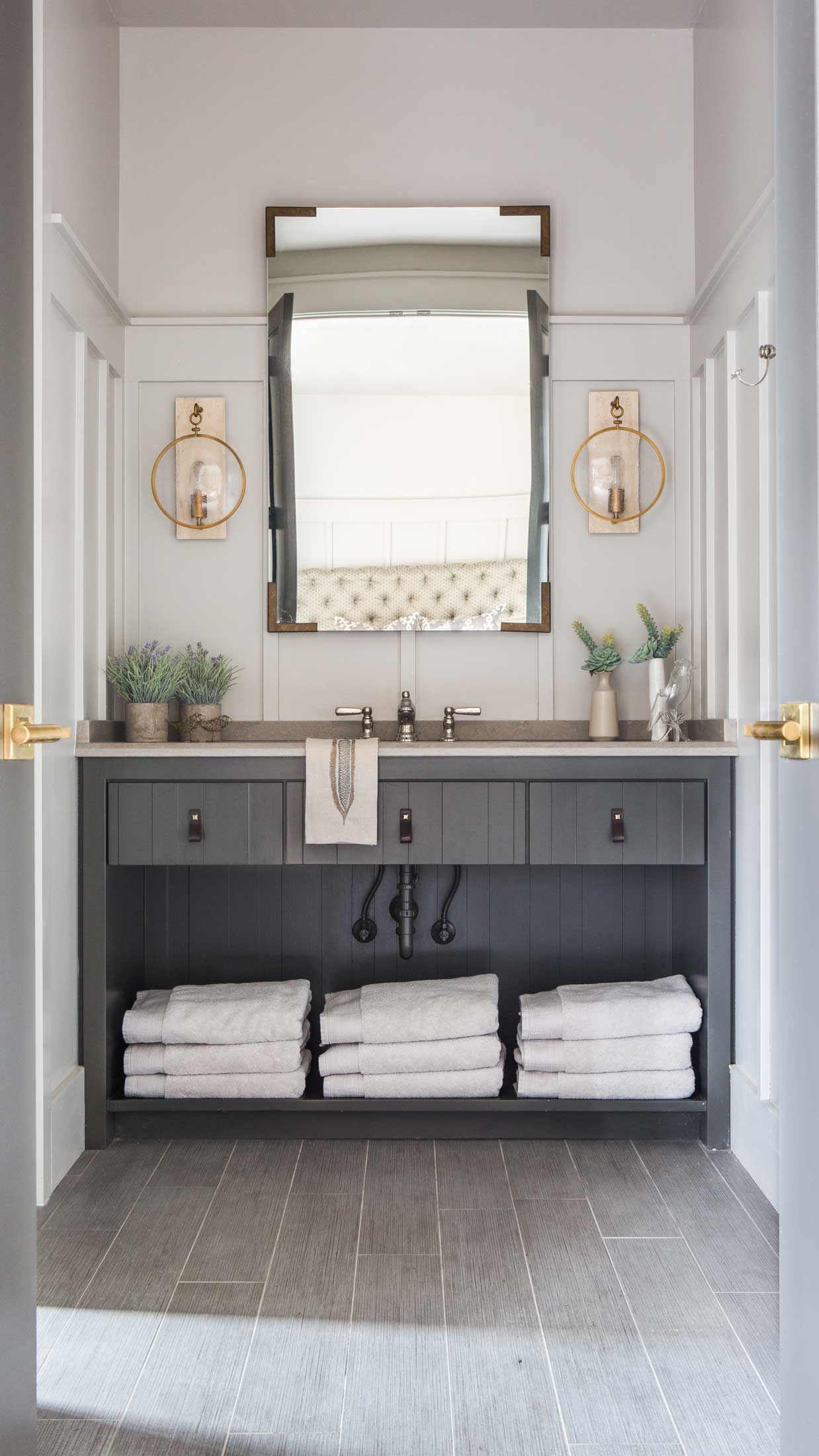 guest room suite vanity